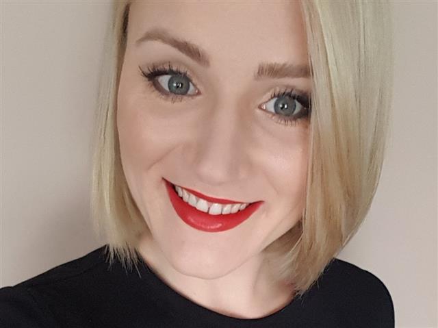 blondeBecca